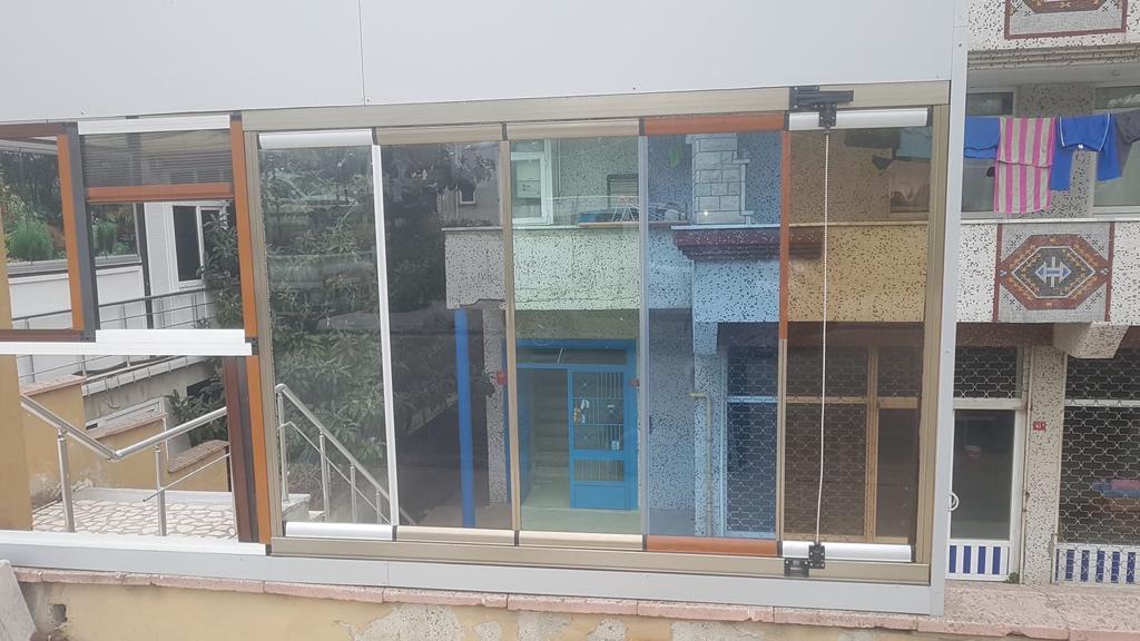 cam balkon modelleri fiyatları